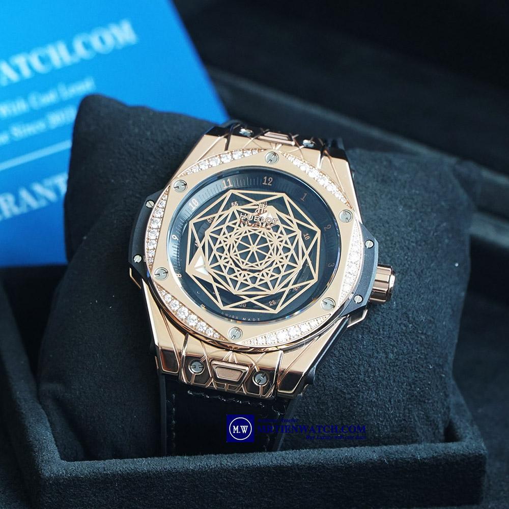 HUBLOT SANG BLEU KING GOLD DIAMONDS LIMITED 100C - 39MM 465.OS.1118.VR.1204.MXM17 Limited 100 chiếc, Vàng Khối, Kim cương