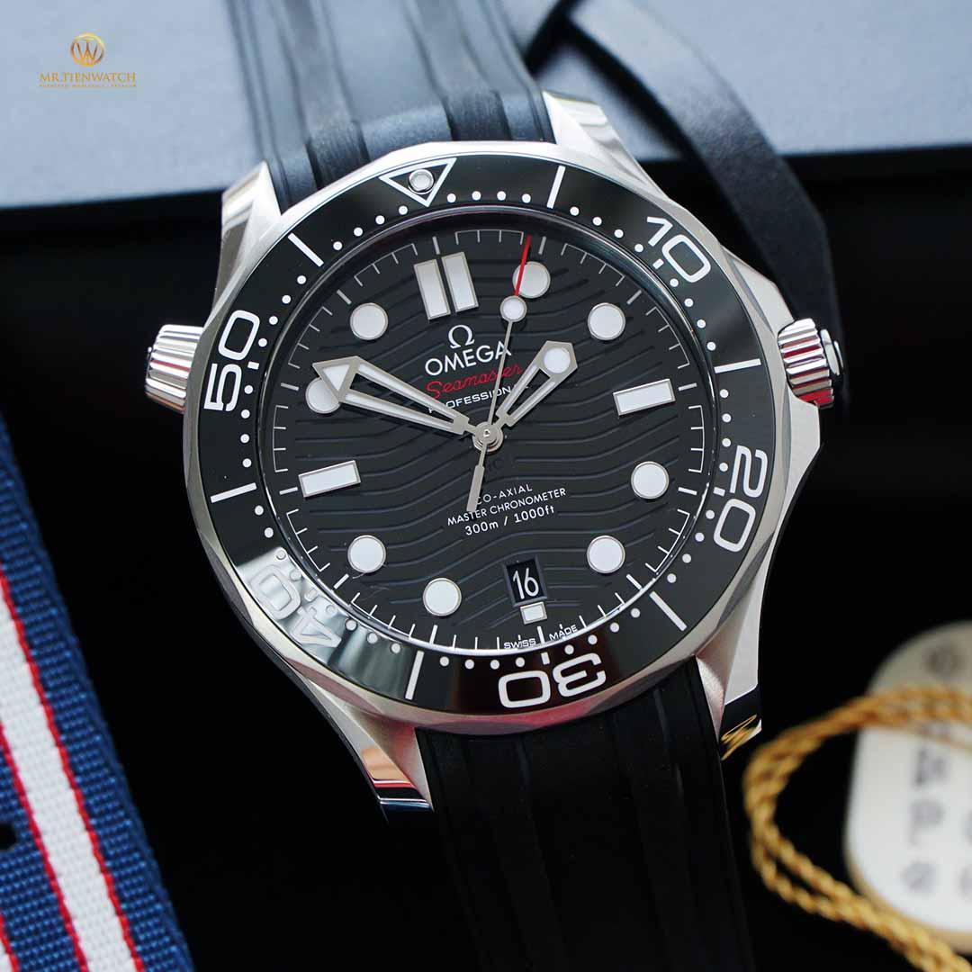Omega Seamaster Diver 300M Co‑Axial Master Chronometer  42 mm 210.32.42.20.01.001 thép không gỉ, dây cao su đen