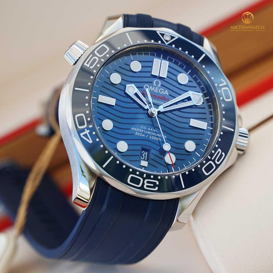 Omega Seamaster Diver 300M Co-Axial Master Chronometer 42 MM 210.32.42.20.03.001 mặt số gốm xanh, dây cao su cao cấp